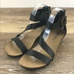 Kenneth Cole Reaction Womens Strappy Sandals 8.5